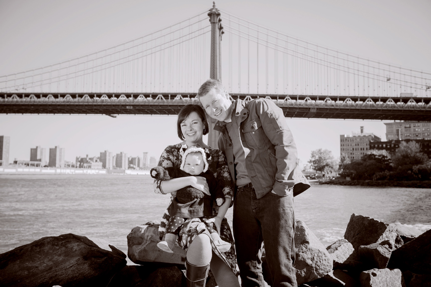 family Manhattan bridge